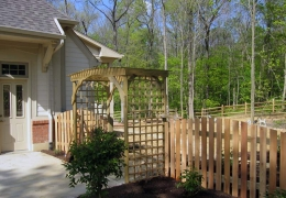 Convex Cedar Picket with Archway