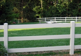 3-Rail PVC Ranch Rail with liner